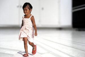 """""""Girl Walking"""" 2007"""